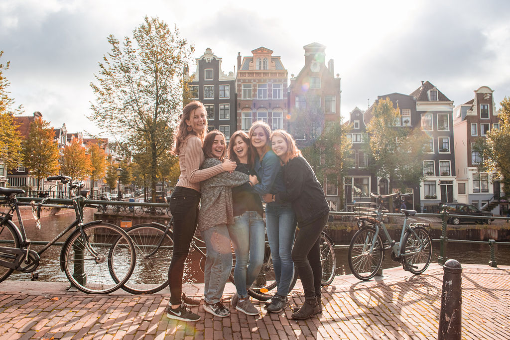 arielle-photographer-amsterdam-friends-groups